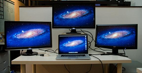 Los MacBook Pro con Pantalla Retina pueden soportar hasta cuatro monitores externos