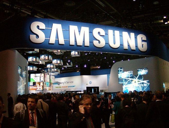 Samsung abre un nuevo establecimiento casi idéntico a los de Apple