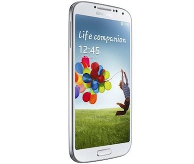 Galaxy S4, Samsung sigue su línea y la de Apple con el iPhone 5