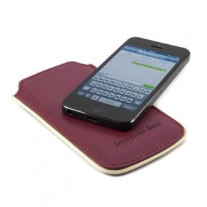iphone-5-BRUNSWICK ENGLAND-red