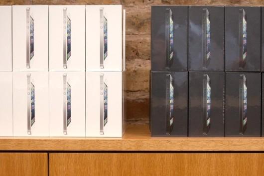 Los vuelos secretos del iPhone, de China a su tienda local de Apple