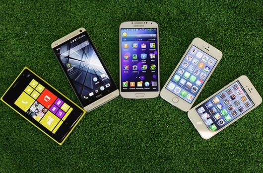 iPhone 5S vs iPhone 5 vs Lumia 1020 vs HTC One vs Galaxy S4