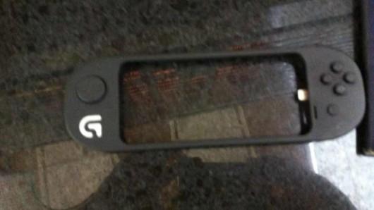 ios-7-gamepad-prototype-530x298