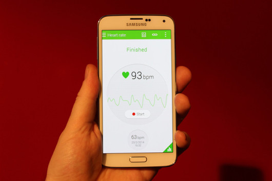 Samsung-Galaxy-S5-leaks-ahead-of-event-2-530x353