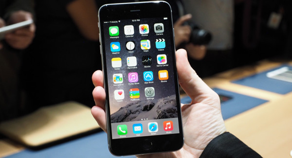 """Del porqué de la """"traición"""" de los desarrolladores al iPhone 6 Plus"""