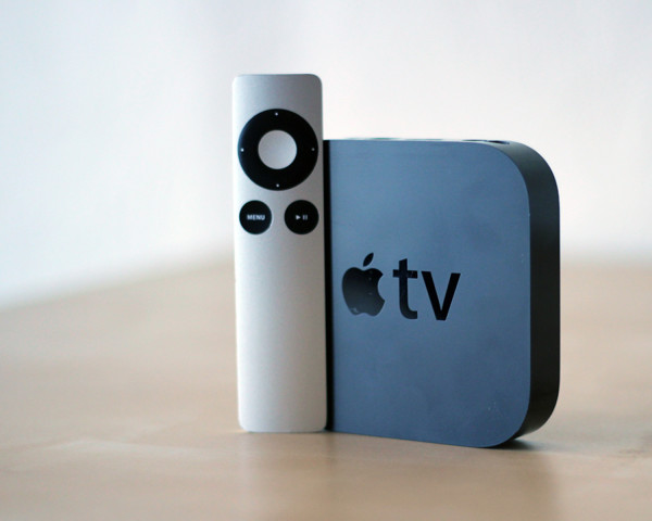 Apple_TV_Standing
