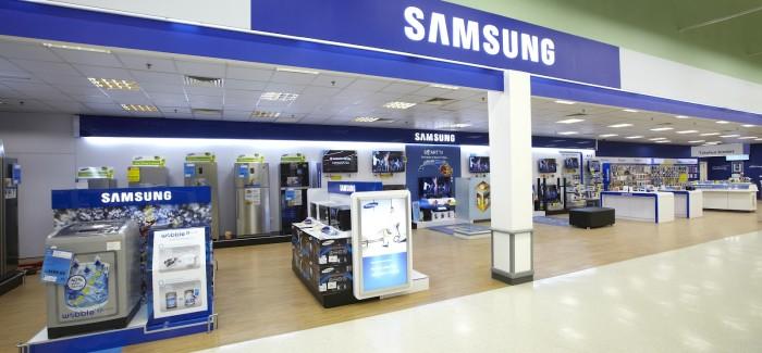 Samsung cierra Stores en Londres, Apple sigue creciendo