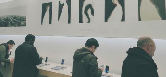 Apple transforma algunas de sus tiendas en galerías de arte
