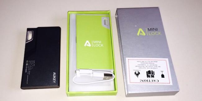 Batería Externa 3000mAh Aukey compatible con iPhone