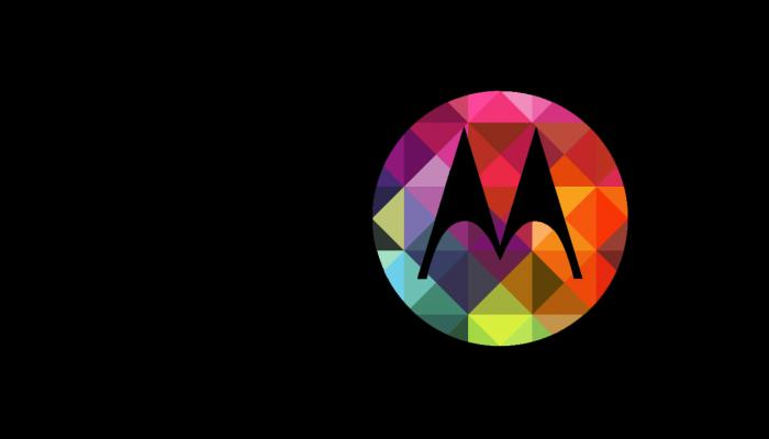 El jefe de Motorola responde a las críticas de Jony Ive