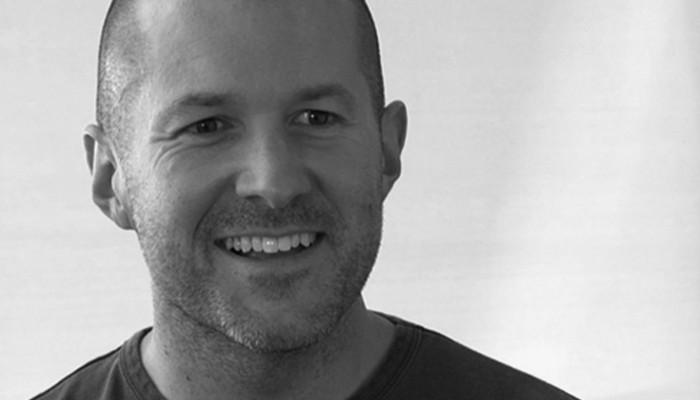 "Jony Ive nombrado ""Director Jefe de Diseño de Apple"""