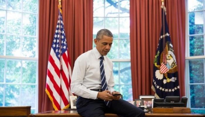 Barack Obama tuitea por primera vez desde un iPhone