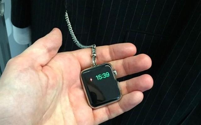 Convierten el Apple Watch en un reloj de bolsillo