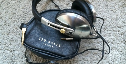 auriculares-ted-baker