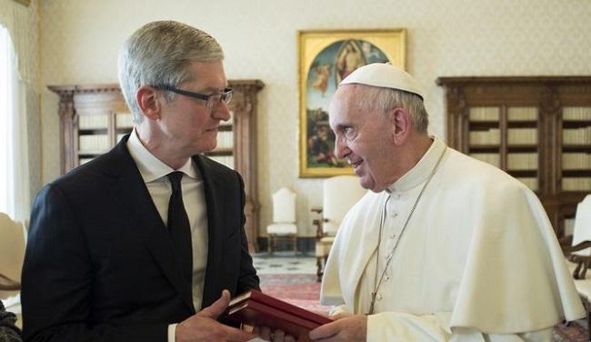 Tim Cook se reunió en privado con el Papa Francisco