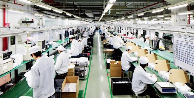 Foxconn anuncia cambios en la directiva de Sharp tras su compra