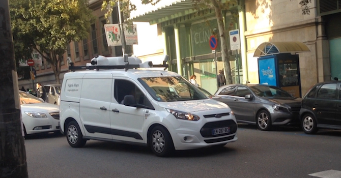 Apple Maps se pasea por Barcelona y Madrid con un furgón equipado con cámaras