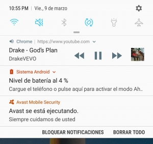 Centro de notificaciones en Android reproduciendo YouTube