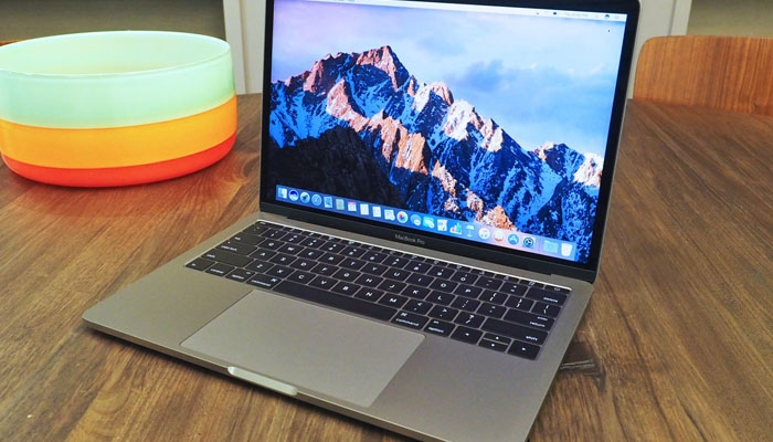Apple tiene problemas legales por el teclado del MacBook de 12″ y el MacBook Pro