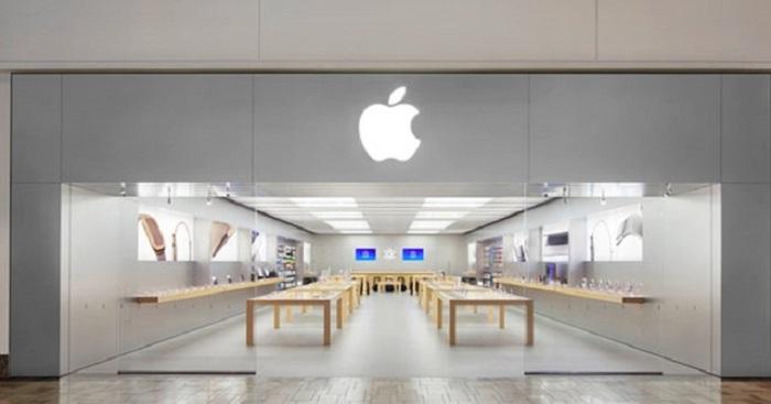 Policía hace presencia en las tiendas de Apple de California