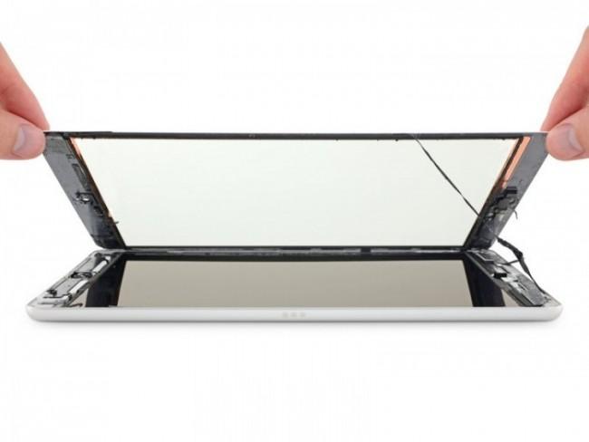 La pantalla de vidrio se separa fácilmente de la pantalla táctil