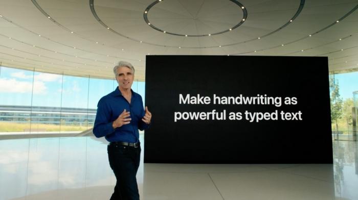 Craig Federighi anunciando el reconocimiento de escritura con Apple Pencil